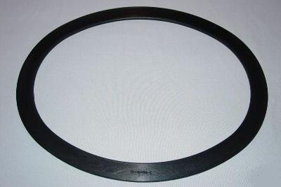 Spiral Wound Gaskets for Boiler Manhole Cover Assemblies